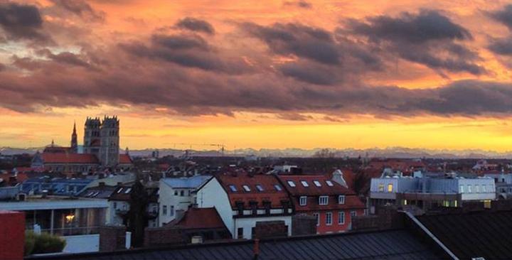 Munich_view_tunes&wings